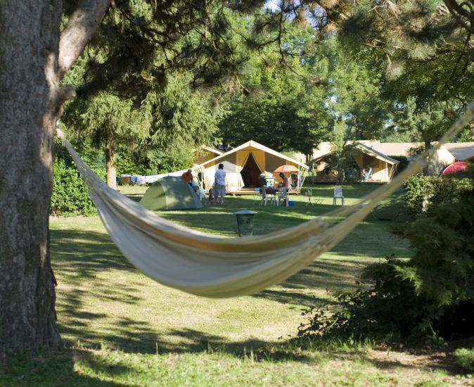 Hamac camping le nid du parc
